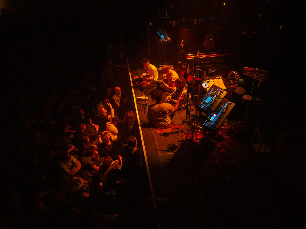Jacob Collier, Paradiso